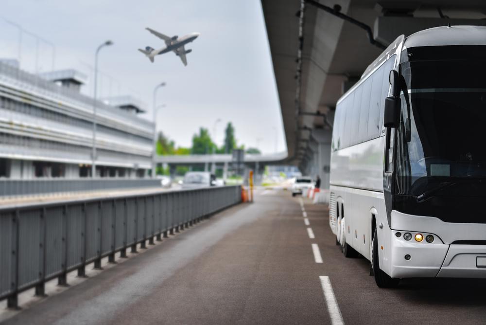 Pourquoi opter pour une navette aéroport ?